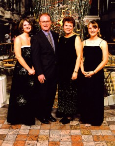 12-04-15--Andrews Family 2003